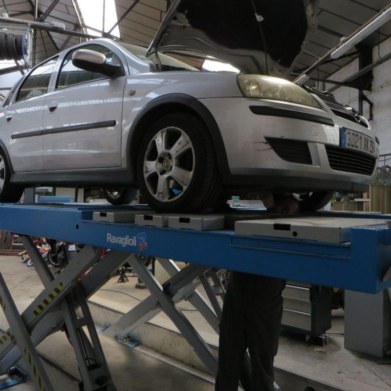Garage solidaire Valence Drôme - entretien voiture, scooter par Méca Services, Valence Services
